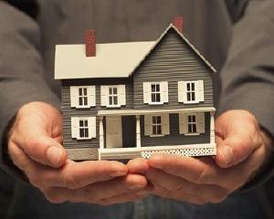 Bancile prevad ieftiniri moderate ale locuintelor