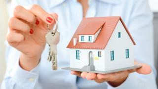 Uita de programul Prima Casa si Noua Casa. A fost lansat creditul care te ajuta sa cumperi o locuinta in mod inteligent si sustenabil
