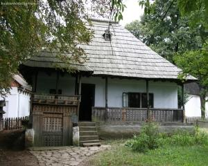 Ce banca finanteaza restaurarea caselor traditionale romanesti