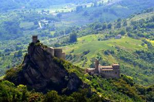 Pentru 100 de dolari poti inchiria un castel italian ca in basme