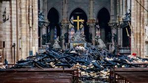 Donatii generoase pentru Notre-Dame din bani publici romanesti: Clujul doneaza 100.000 de lei