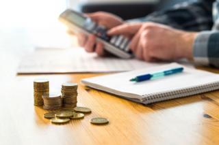 Cat se castiga in Romania, de fapt: 11% dintre angajati castiga peste 1.000 de euro net pe luna. 1% se bucura de un salariu mai mare de 3.000 de euro