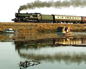 Ce spun moldovenii despre trenurile care au fost modernizate in Romania