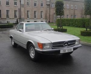 Mercedesul lui Ceausescu a fost vandut cu aproape 50.000 de euro
