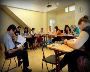 Cambridge CELTA certifica 12 profesori romani, la noi in tara, pentru a preda engleza oriunde in lume