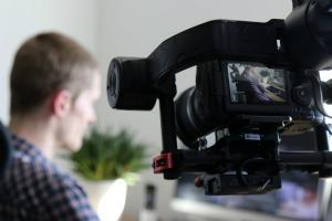 Guvernul sustine producatorii de film prin schema de ajutor de stat