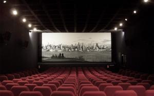 China redeschide salile de cinema, dar oamenii inca se tem: In cele redeschise pana acum nu a intrat nici macar un spectator
