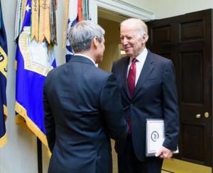 Dacian Ciolos s-a intalnit cu vicepresedintele SUA, Joseph Biden