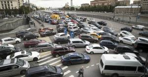 Parcul auto din Romania e invechit.  80% dintre autoturismele inmatriculate la noi au peste 11 ani vechime