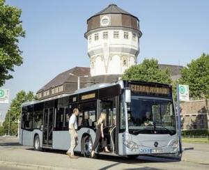 Cinci premii pentru Daimler Buses la Bus World