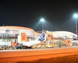 """CNAB a reparat pista 1 a Aeroportului """"Henri Coanda"""""""