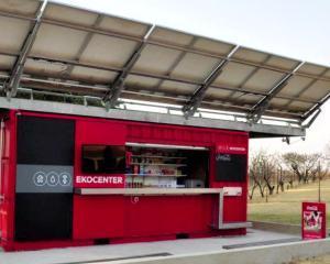 Inventatorul Segway colaboreaza cu Coca-Cola pentru a le furniza apa potabila celor din lumea a treia