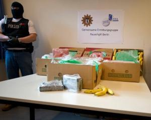 Germania: Cocaina ascunsa in lazile cu banane de la Aldi