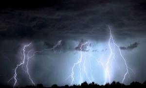 O noua alerta meteo: COD GALBEN de VREME REA pentru 27 de judete