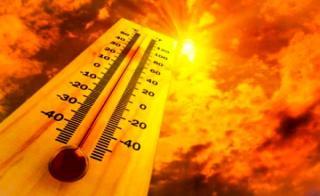 Vremea in Romania trece in extrema cealalta: Cod rosu de canicula