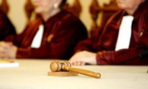 Codul Administrativ, care prevede pensii speciale, a fost atacat la CCR de avocatul poporului