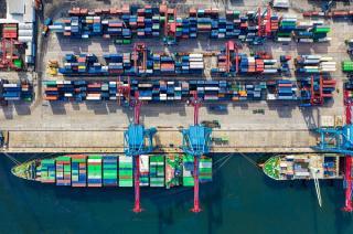 Balanta comerciala a Romaniei s-a degradat cu 1,6 miliarde de euro in primele cinci luni ale anului in curs fata de aceeasi perioada a anului trecut