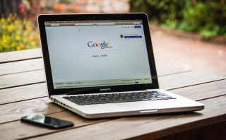 Comisia Europeana cere Google sa respecte legislatia europeana si sa ofere mai multa transparenta