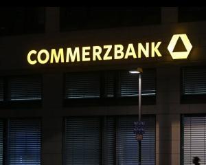 Commerzbank va disponibiliza 5.000 de angajati