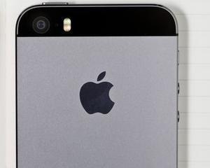 Compania Apple va bloca smartphone-urile soferilor care dau SMS-uri cand conduc