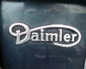 Compania Daimler a lansat la Salonul Auto din Frankfurt o masina de lux care se conduce singura