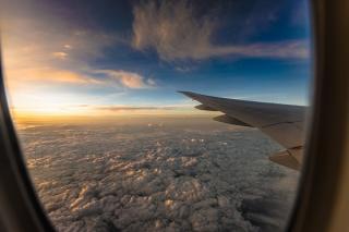 Restrictiile de calatorie au avariat grav afacerile marilor transportatori aerieni