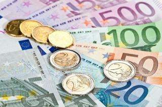 Studentii romani pot castiga premii de 47.000 Euro, in cadrul unei noi competitii. Care sunt conditiile