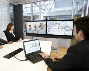Ce cred managerii din lume despre comunicarea video. Care sunt avantajele si dezavantajele tehnologiei