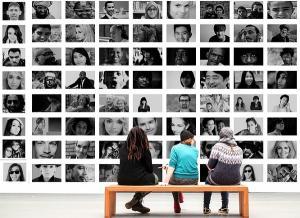 De la comunicare la schimbul de informatii sau de la carte la prospect, pe calea globalizarii