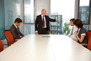 Cat costa concedierea unui angajat in Romania?