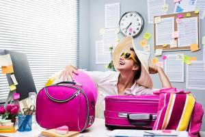 5 motive pentru care angajatii nu isi iau concediu (si cum poti sa-i incurajezi sa o faca)