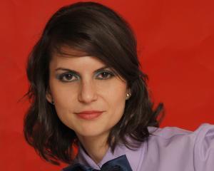 Confident PR lanseaza programul Effie Pills - How To Get The Romanian Client