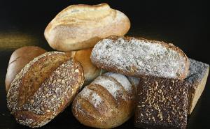 ROMPAN: Consumul de paine a scazut la 82 kg pe locuitor, dar este peste media europeana