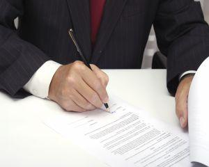 ANPC avertizeaza: Clientii nu sunt informati suficient cand contracteaza un credit bancar
