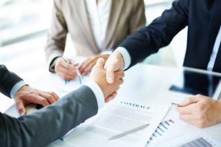 Noutati legislative: Se simplifica procedura achizitiilor publice. Contractele vor fi atribuite mai usor