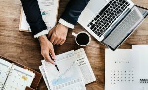 Sondaj PwC: 34% dintre companii au fost calcate de Fisc in 2017