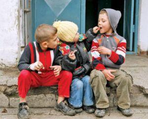 51% din copiii din Romania traiesc in saracie. Ce consecinte sunt asupra economiei?