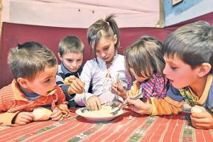 Romania, in top 10 tari afectate de saracia extrema