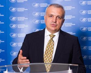 Cornel Coca Constantinescu  ASF  - Romanii economisesc, nu investesc.