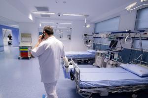 Coronavirusul semneaza demisii in sistemul medical din Romania. Atitudinea medicilor, intre corecta si nu prea