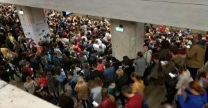 Cazul Ditrau de Bucuresti: Un asiatic, batut si dat jos din metrou