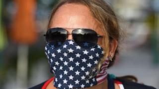In SUA, epidemia a scapat de sub control: Oamenii au ignorat sfaturile, iar acum masca si distantarea nu mai sunt suficiente