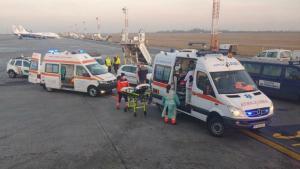 Alerta pe Aeroportul Otopeni: Un cetatean strain care a vizitat China si care prezinta simptome gripale, a fost preluat de ambulanta
