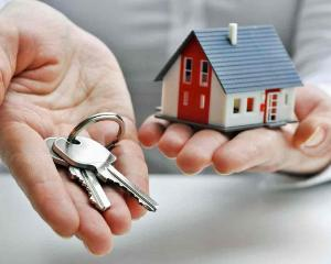 BCR a majorat avansul pentru creditele ipotecare si imobiliare la 35%