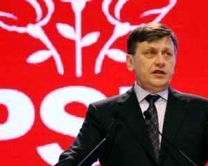 Crin Antonescu: Nu ma retrag din cursa pentru prezidentiale