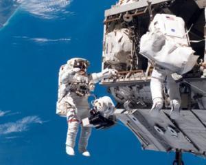 Cum a cucerit NASA spatiul cosmic