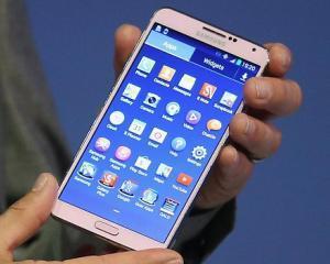 Cum arata noul Galaxy Note 4 de la Samsung