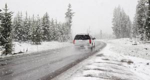 Pregatirea masinii de iarna. Ce trebuie sa faci, pas cu pas, pentru ca anotimpul rece sa nu te opreasca din drum