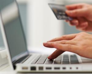 Faceti achizitii online? Iata cateva alternative pentru solutionarea litigiilor