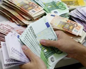 Cursul Euro a ajuns la cel mai scazut nivel din ultimii ani